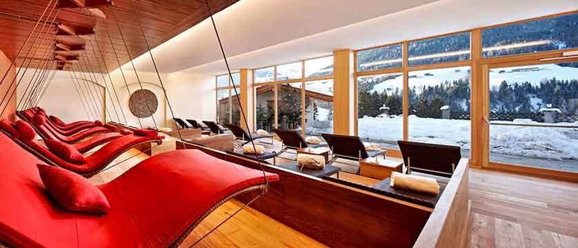 Austria_Alpbach_Hotel-Alpbacherhof_Relaxation-area.jpg